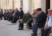 problemi di udito negli anziani - scendiamo in piazza!